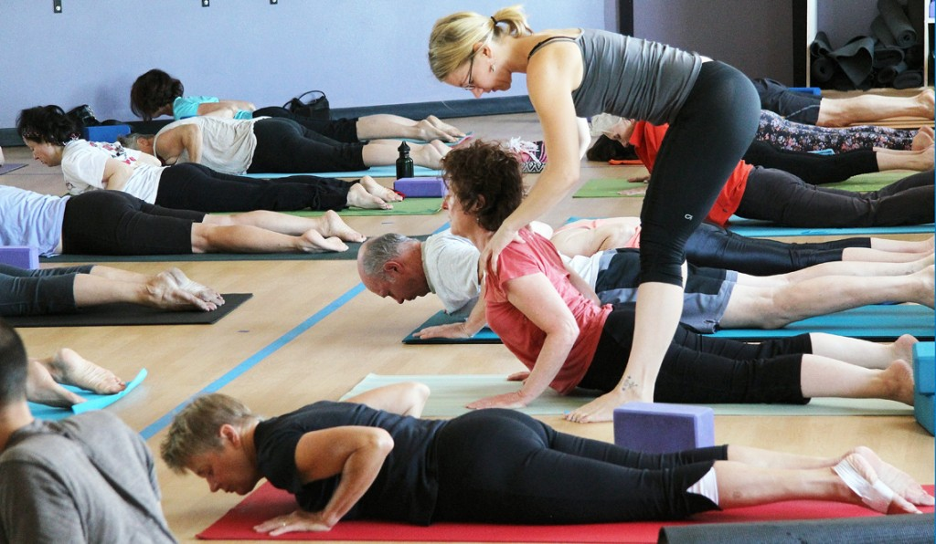 Group Yoga Classes 9